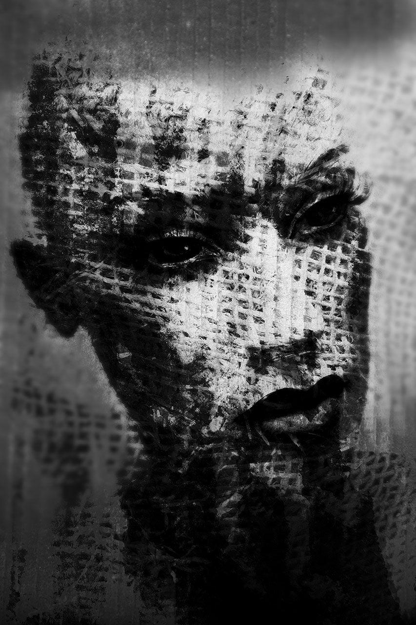 Lisa Brunner - Art Photographer - Black and white portrait