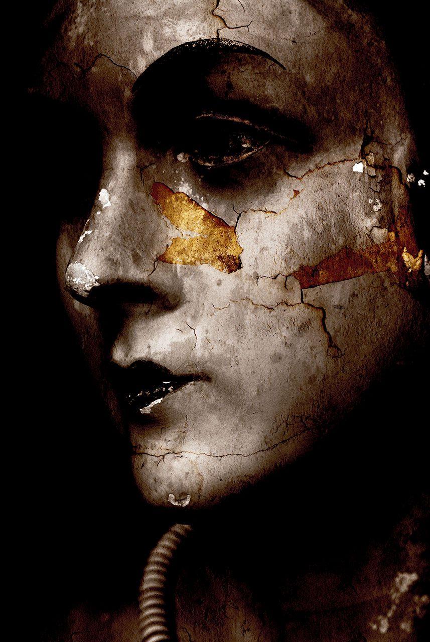 Lisa Brunner – Art Photographer – Face with cracks