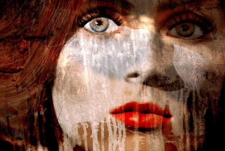 Lisa Brunner - Art Photographer - Woman with an intense gaze